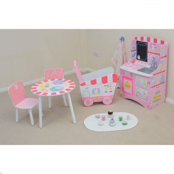 Patisserie Table And Chairs_2